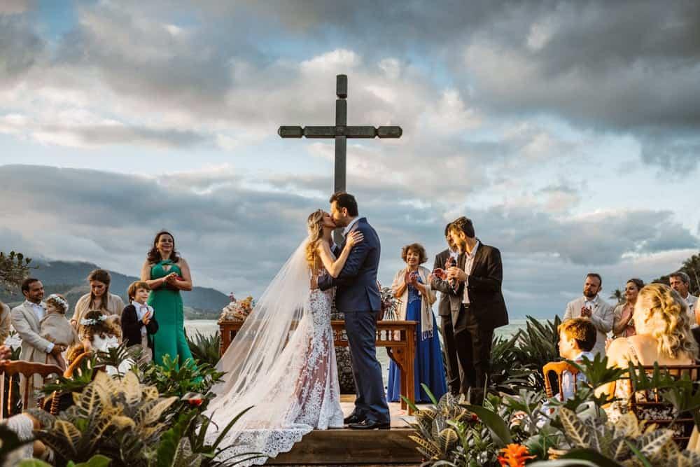 casamento-boho-chic-casamento-de-dia-casamento-na-praia-destination-wedding.-Ilhabela-Fazenda-São-Mathias-fotografia-João-Cappa-Thaiza-e-Márcio-casamento-57