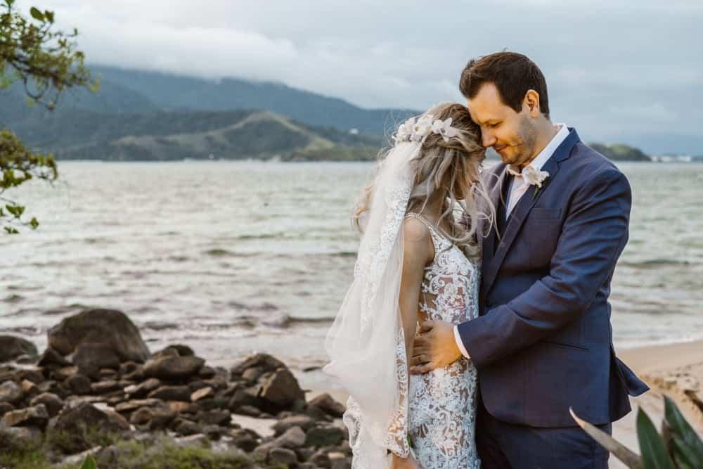 casamento-boho-chic-casamento-de-dia-casamento-na-praia-destination-wedding.-Ilhabela-Fazenda-São-Mathias-fotografia-João-Cappa-Thaiza-e-Márcio-casamento-65
