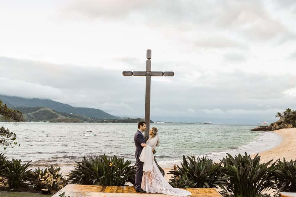 casamento-boho-chic-casamento-de-dia-casamento-na-praia-destination-wedding.-Ilhabela-Fazenda-São-Mathias-fotografia-João-Cappa-Thaiza-e-Márcio-casamento-66