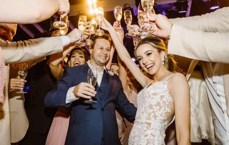 casamento-boho-chic-casamento-de-dia-casamento-na-praia-destination-wedding.-Ilhabela-Fazenda-São-Mathias-fotografia-João-Cappa-Thaiza-e-Márcio-casamento-80-750x475