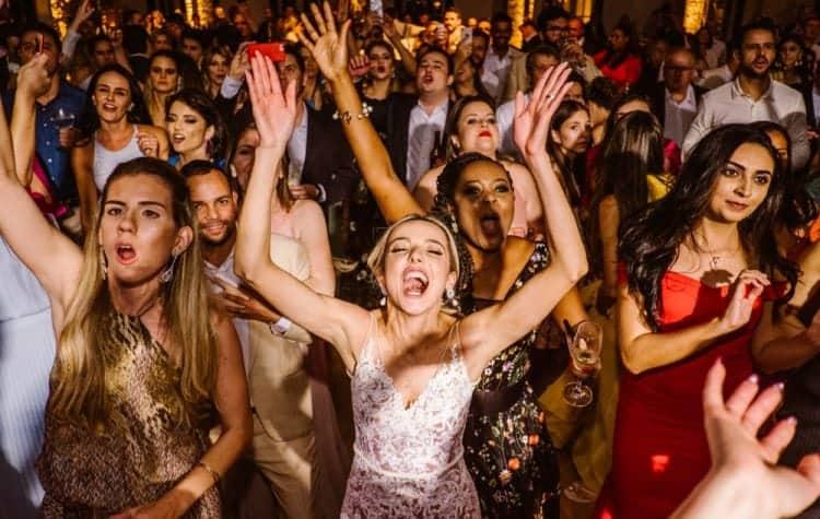 casamento-boho-chic-casamento-de-dia-casamento-na-praia-destination-wedding.-Ilhabela-Fazenda-São-Mathias-fotografia-João-Cappa-Thaiza-e-Márcio-casamento-95-750x475
