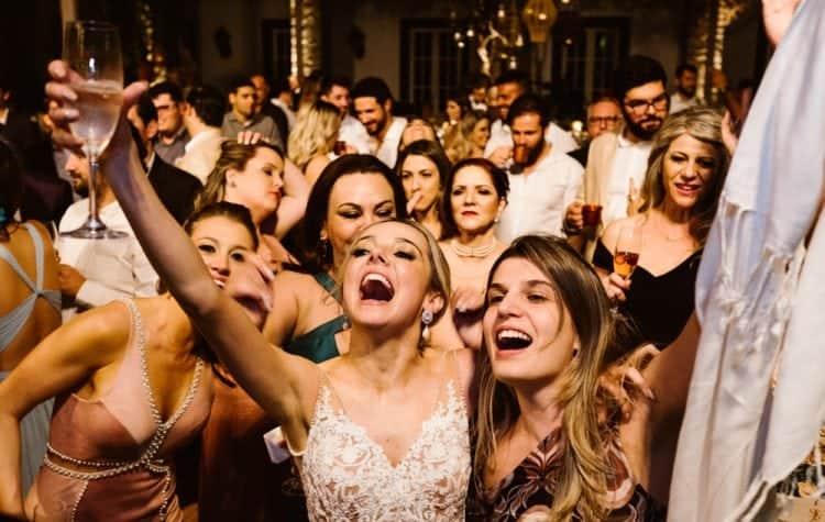 casamento-boho-chic-casamento-de-dia-casamento-na-praia-destination-wedding.-Ilhabela-Fazenda-São-Mathias-fotografia-João-Cappa-Thaiza-e-Márcio-casamento-99-750x475