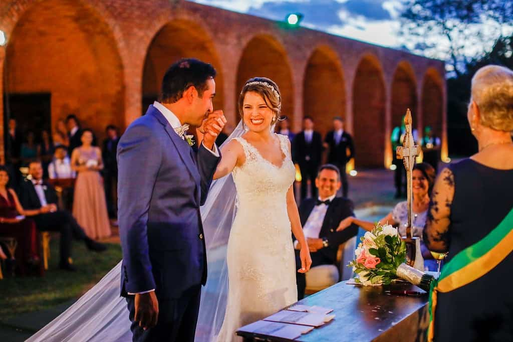 Brasiília-casamento-ao-ar-livre-casamento-boho-chique-casamento-de-dia-casamento-fernanda-e-hugo-cerimônia-decoração-rosa-Fotografia-Celso-Junior-Mansão-dos-Arcos-464