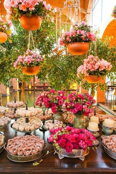 Brasiília-casamento-ao-ar-livre-casamento-boho-chique-casamento-de-dia-casamento-fernanda-e-hugo-decoração-decoração-rosa-Fotografia-Celso-Junior-Mansão-dos-Arcos-449