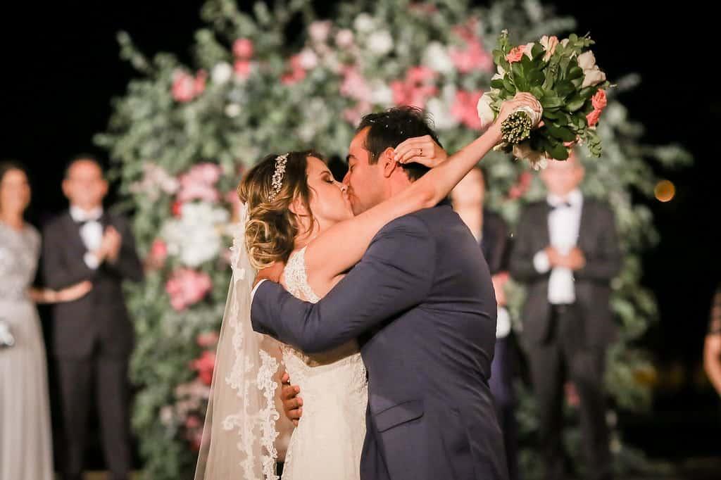 Brasiília-casamento-ao-ar-livre-casamento-boho-chique-casamento-de-dia-casamento-fernanda-e-hugo-decoração-rosa-DESTAQUE-Fotografia-Celso-Junior-Mansão-dos-Arcos-478