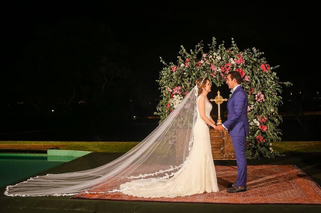 Brasiília-casamento-ao-ar-livre-casamento-boho-chique-casamento-de-dia-casamento-fernanda-e-hugo-decoração-rosa-Fotografia-Celso-Junior-Mansão-dos-Arcos-480