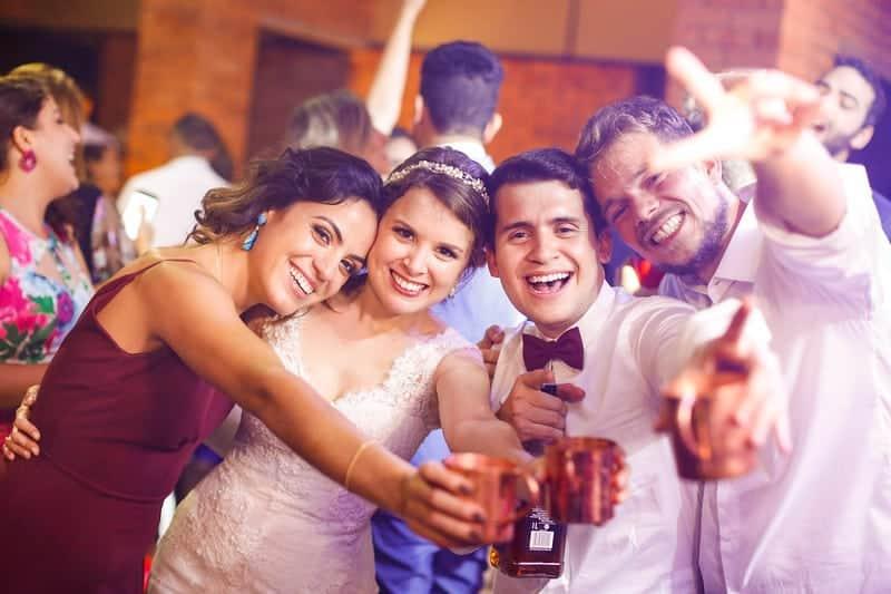 Brasiília-casamento-ao-ar-livre-casamento-boho-chique-casamento-de-dia-casamento-fernanda-e-hugo-decoração-rosa-Fotografia-Celso-Junior-Mansão-dos-Arcos-500