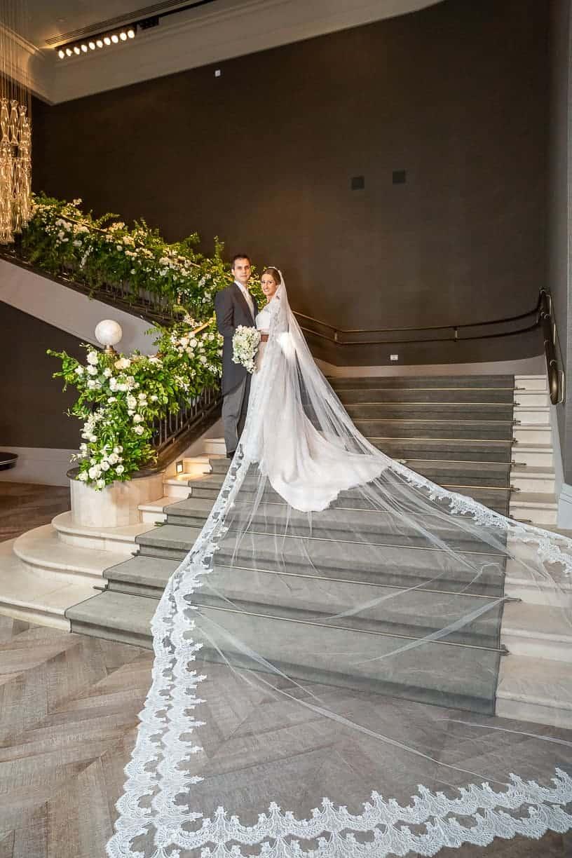 Casamento-Fernanda-e-André-foto-dos-noivos-fotografia-Cissa-Sannomiya-Paróquia-Nossa-Senhora-do-Brasil-e-Palácio-Tangará65