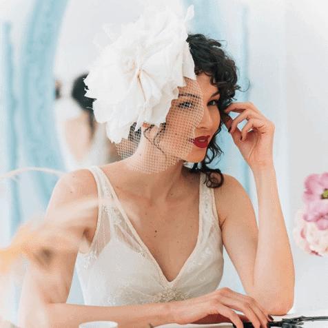 beleza-puntuale-por-eurachel-ramos-foto-betaeborelli-maquiagem-de-noiva-batom-escuto-batom-vermelho-casamento-beleza-da-noiva-caseme-inspira-es-de-casamento
