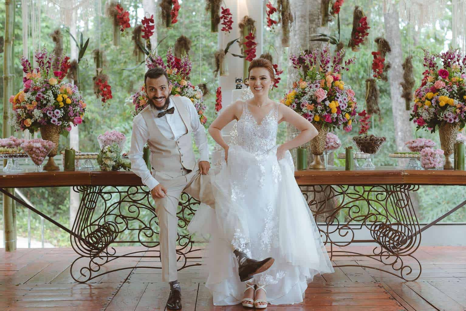 casamento-ao-ar-livre-casamento-boho-casamento-geek-casamento-rustico-casamento-Thais-e-Pedro-Revoar-Fotografia-Villa-Borghese-Eventos-59