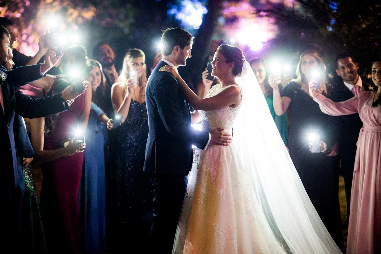 casamento-boho-chic-casamento-Luisa-e-David-dança-dos-noivos-Fotografia-Rodrigo-Sack-Largo-do-Arruda-Rio-de-Janeiro-40
