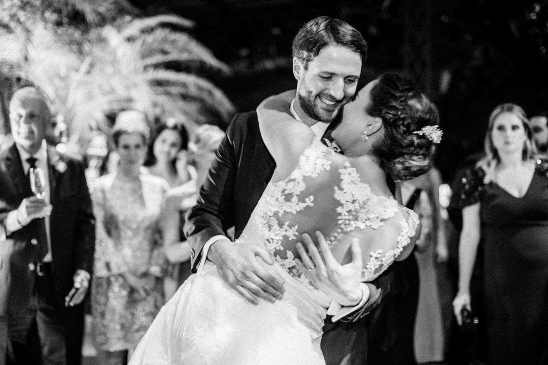 casamento-boho-chic-casamento-Luisa-e-David-dança-dos-noivos-Fotografia-Rodrigo-Sack-Largo-do-Arruda-Rio-de-Janeiro-51