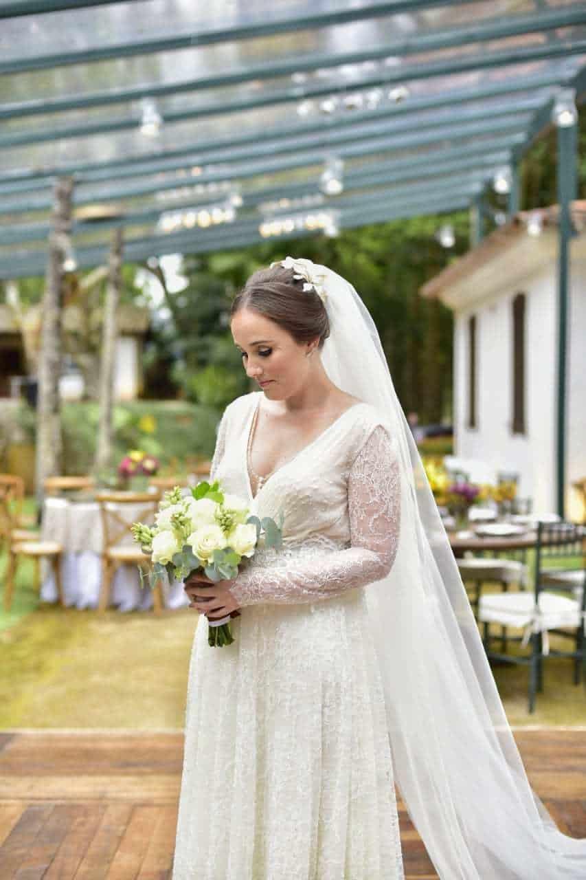 casamento-camila-fazenda-bela-vista-noiva