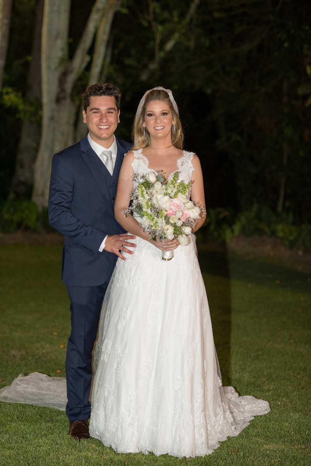 casamento-de-dia-casamento-Nicole-e-Thales-casamento-no-jardim-csasamento-ao-ar-livre-Fotografia-Marina-Fava-Galeria-Jardim-Rio-de-Janeiro-100