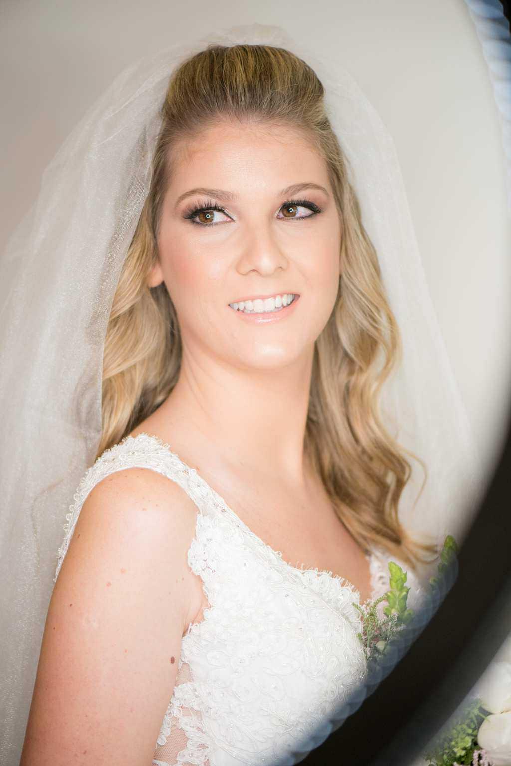 casamento-de-dia-casamento-Nicole-e-Thales-casamento-no-jardim-csasamento-ao-ar-livre-Fotografia-Marina-Fava-Galeria-Jardim-Rio-de-Janeiro-35