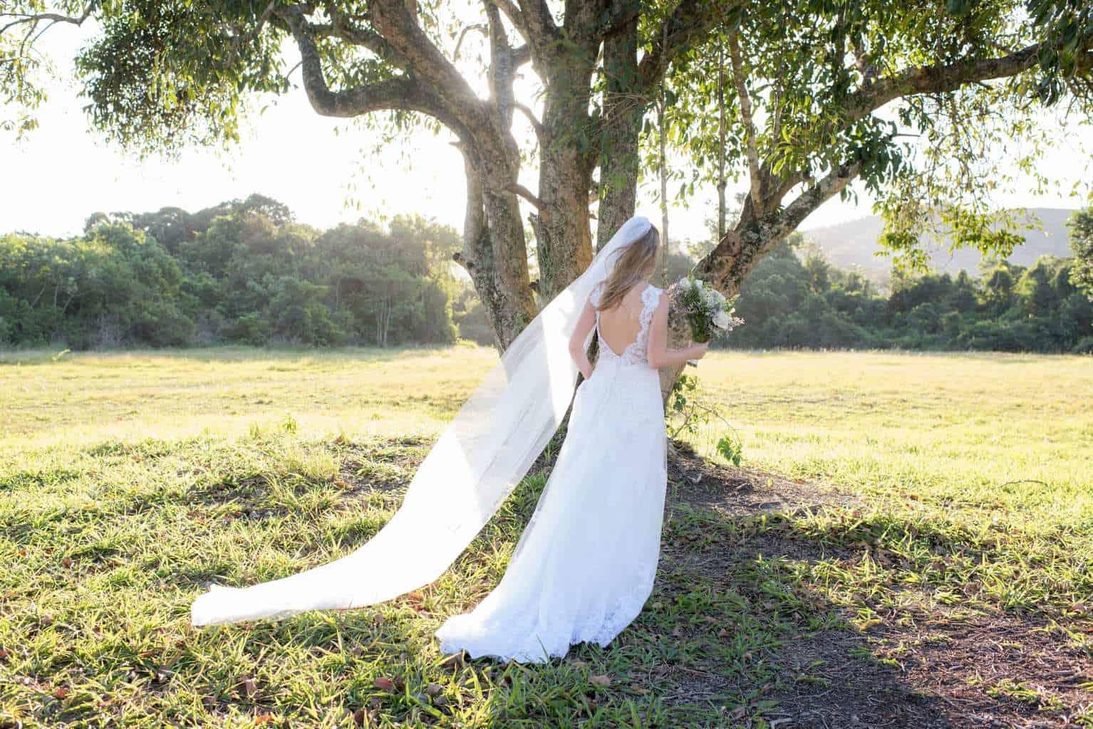 casamento-de-dia-casamento-Nicole-e-Thales-casamento-no-jardim-csasamento-ao-ar-livre-Fotografia-Marina-Fava-Galeria-Jardim-Rio-de-Janeiro-70