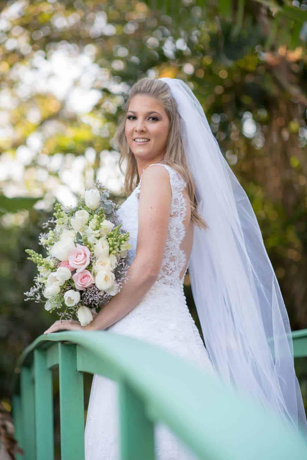 casamento-de-dia-casamento-Nicole-e-Thales-casamento-no-jardim-csasamento-ao-ar-livre-Fotografia-Marina-Fava-Galeria-Jardim-Rio-de-Janeiro-75