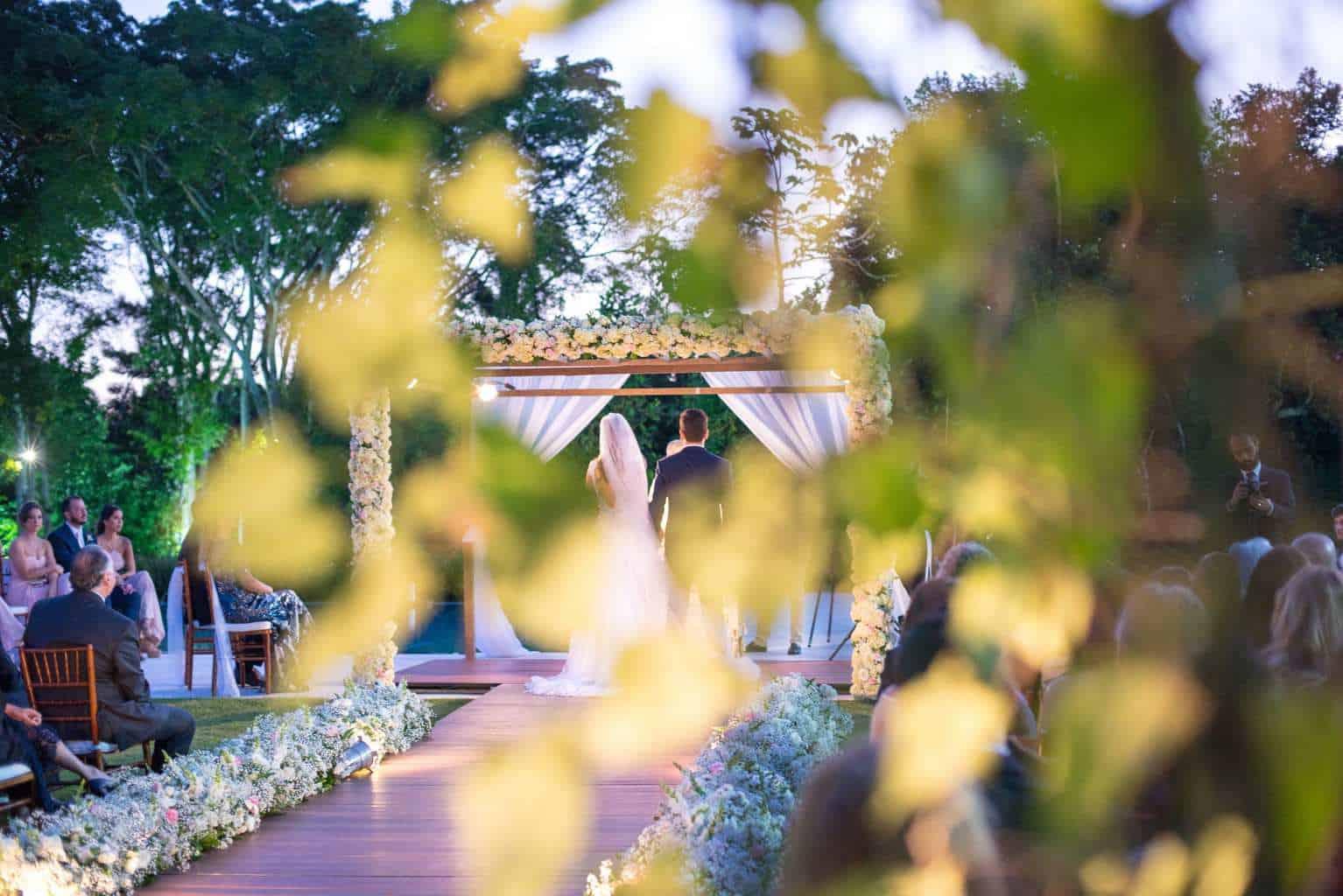 casamento-de-dia-casamento-Nicole-e-Thales-casamento-no-jardim-csasamento-ao-ar-livre-Fotografia-Marina-Fava-Galeria-Jardim-Rio-de-Janeiro-85