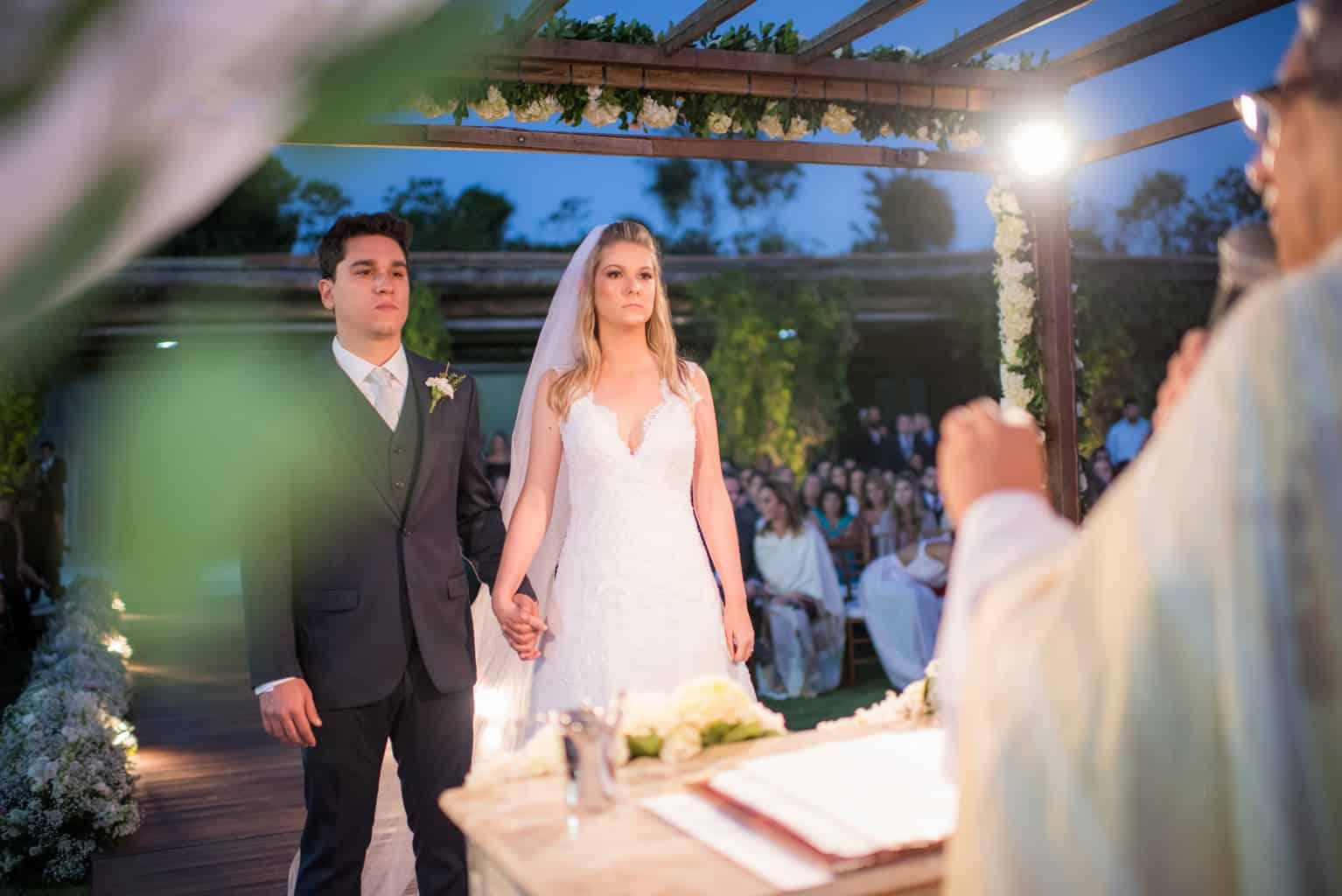 casamento-de-dia-casamento-Nicole-e-Thales-casamento-no-jardim-csasamento-ao-ar-livre-Fotografia-Marina-Fava-Galeria-Jardim-Rio-de-Janeiro-87