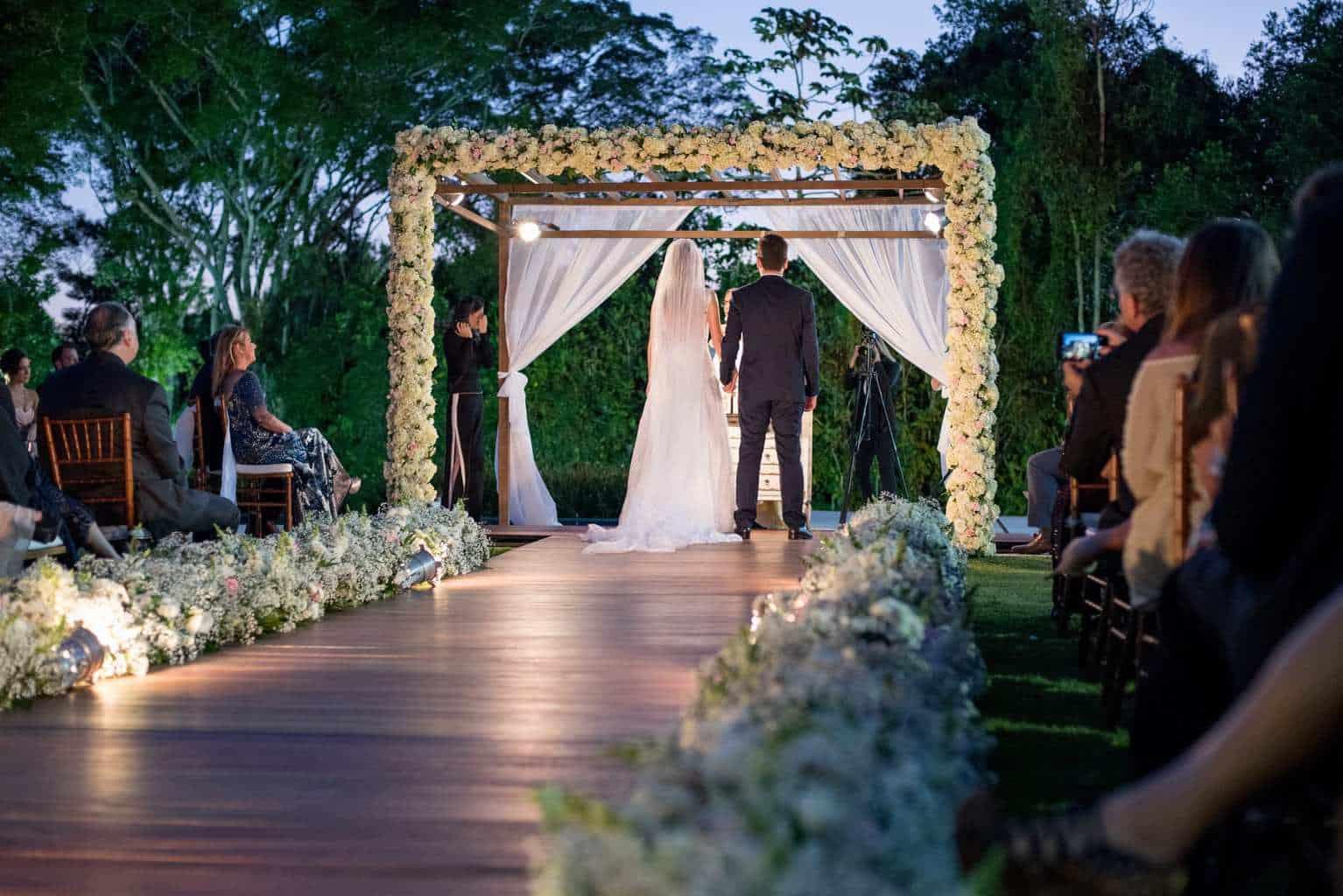 casamento-de-dia-casamento-Nicole-e-Thales-casamento-no-jardim-csasamento-ao-ar-livre-Fotografia-Marina-Fava-Galeria-Jardim-Rio-de-Janeiro-89