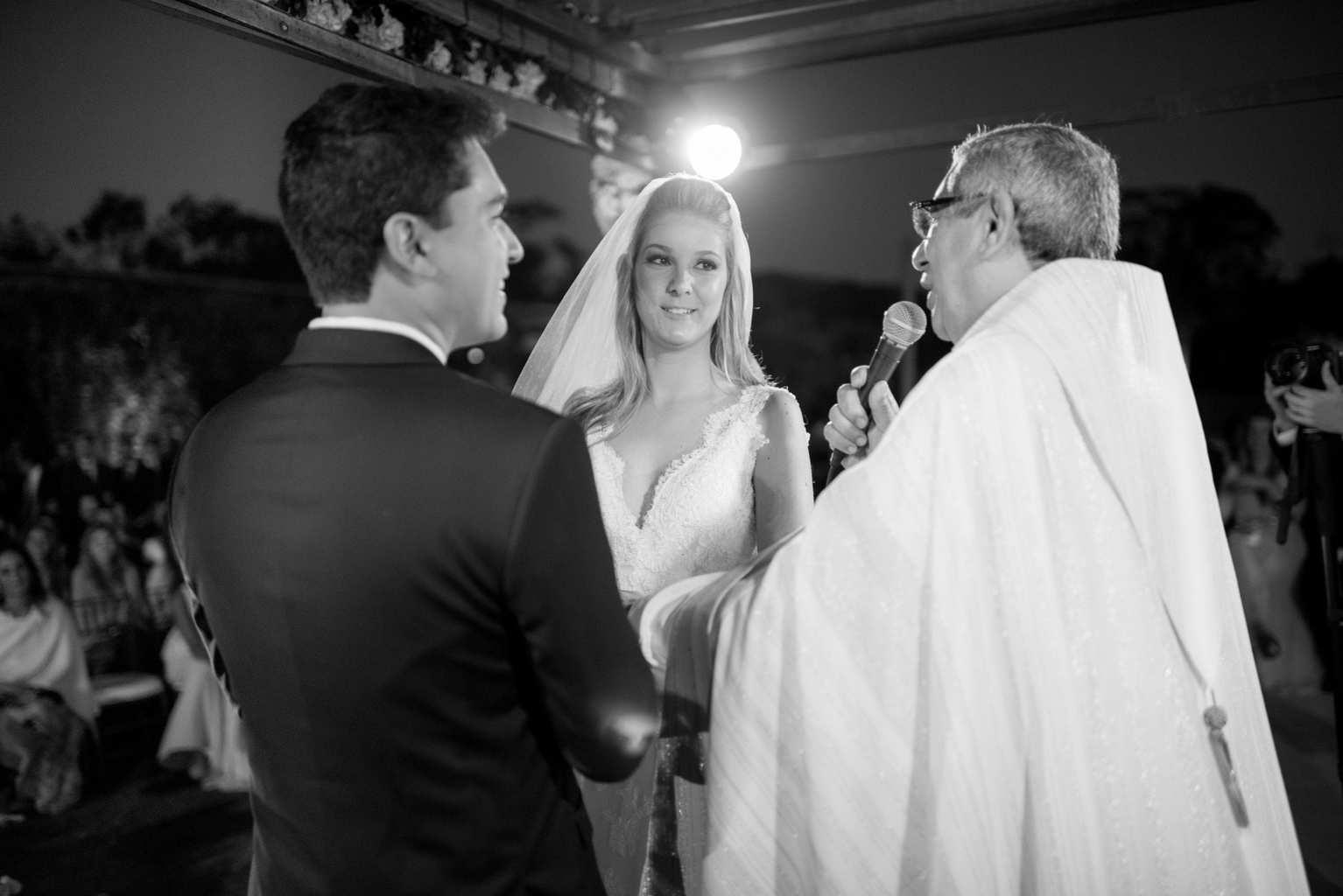 casamento-de-dia-casamento-Nicole-e-Thales-casamento-no-jardim-csasamento-ao-ar-livre-Fotografia-Marina-Fava-Galeria-Jardim-Rio-de-Janeiro-93