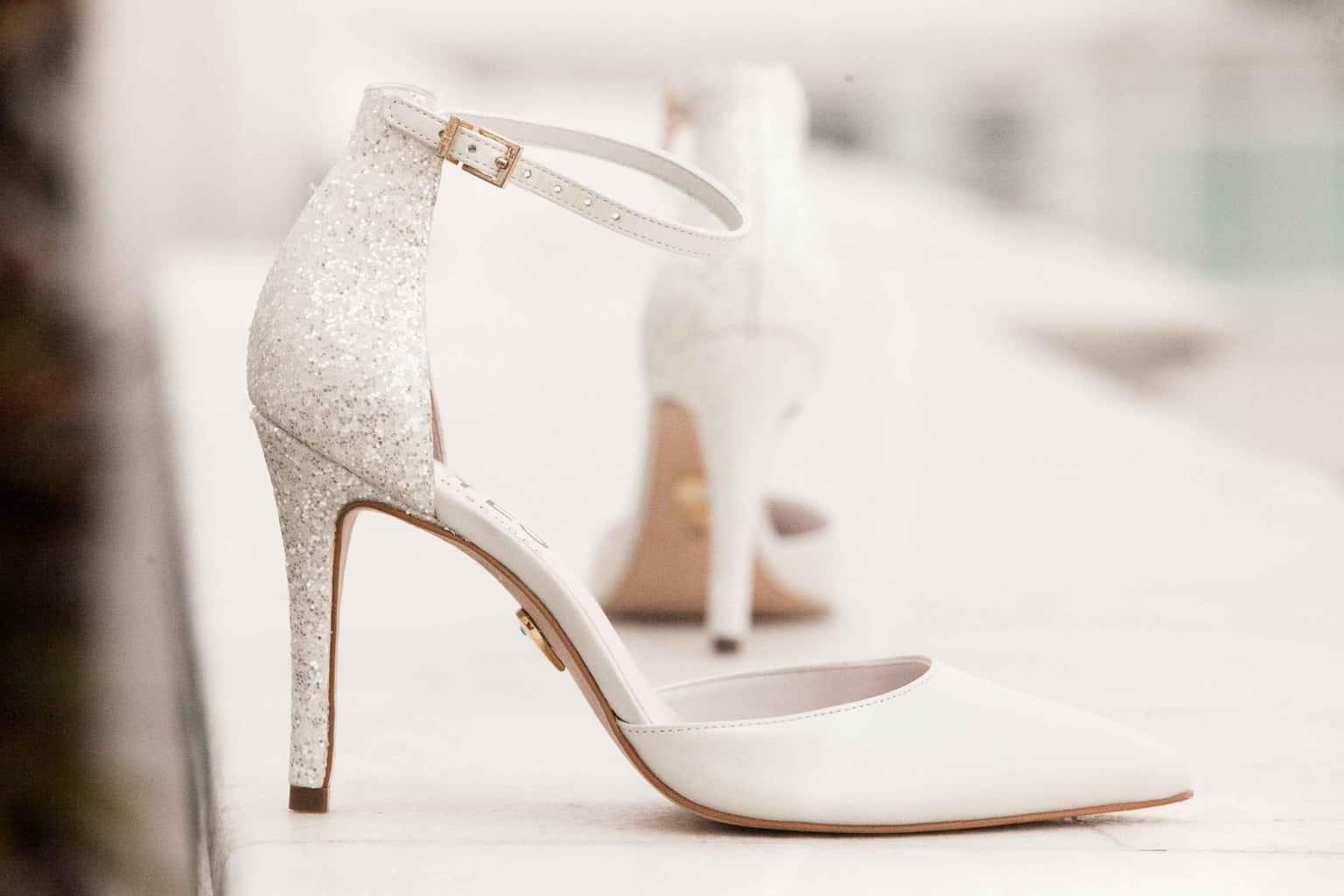Casamento-Clássico-Casamento-tradicional-Copacabana-Palace-Jorge-Bischoff-Making-of-Monica-Roias-Ribas-Foto-e-Vídeo-Sapato-Tuanny-e-Bernardo-CaseMe