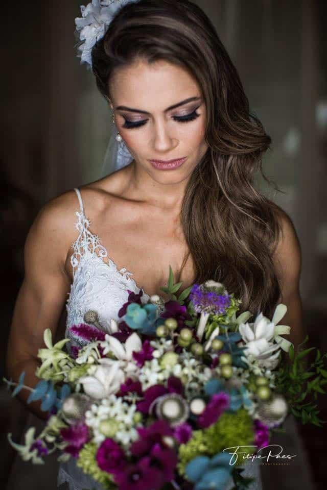 beleza-da-noiva-casamento-ao-ar-livre-casamento-de-dia-casamento-Maira-e-Erick-casamento-na-praia-Fotografia-Filipe-Paes-Studio-47-Luaia-Cabanas-Maresias-noiva-São-Paulo-35