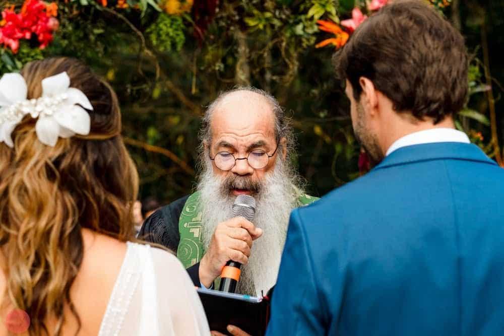 casamento-ao-ar-livre-casamento-boho-casamento-na-serra-cerimônia-destination-wedding-fotografia-Rodrigo-Ryfer-Rio-de-Janeiro-Tancamana-Vale-do-Cuiabá-casamento-19