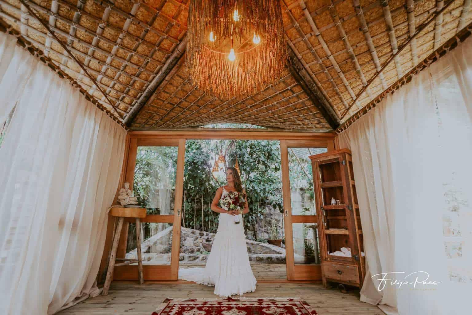 casamento-ao-ar-livre-casamento-de-dia-casamento-Maira-e-Erick-casamento-na-praia-Fotografia-Filipe-Paes-Studio-47-look-da-noiva-Luaia-Cabanas-Maresias-noiva-São-Paulo-10