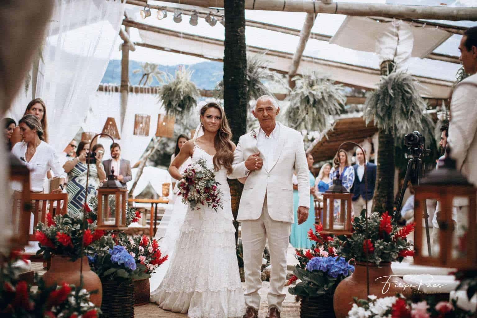 casamento-ao-ar-livre-casamento-de-dia-casamento-Maira-e-Erick-casamento-na-praia-cerimônia-Fotografia-Filipe-Paes-Studio-47-Luaia-Cabanas-Maresias-São-Paulo-13