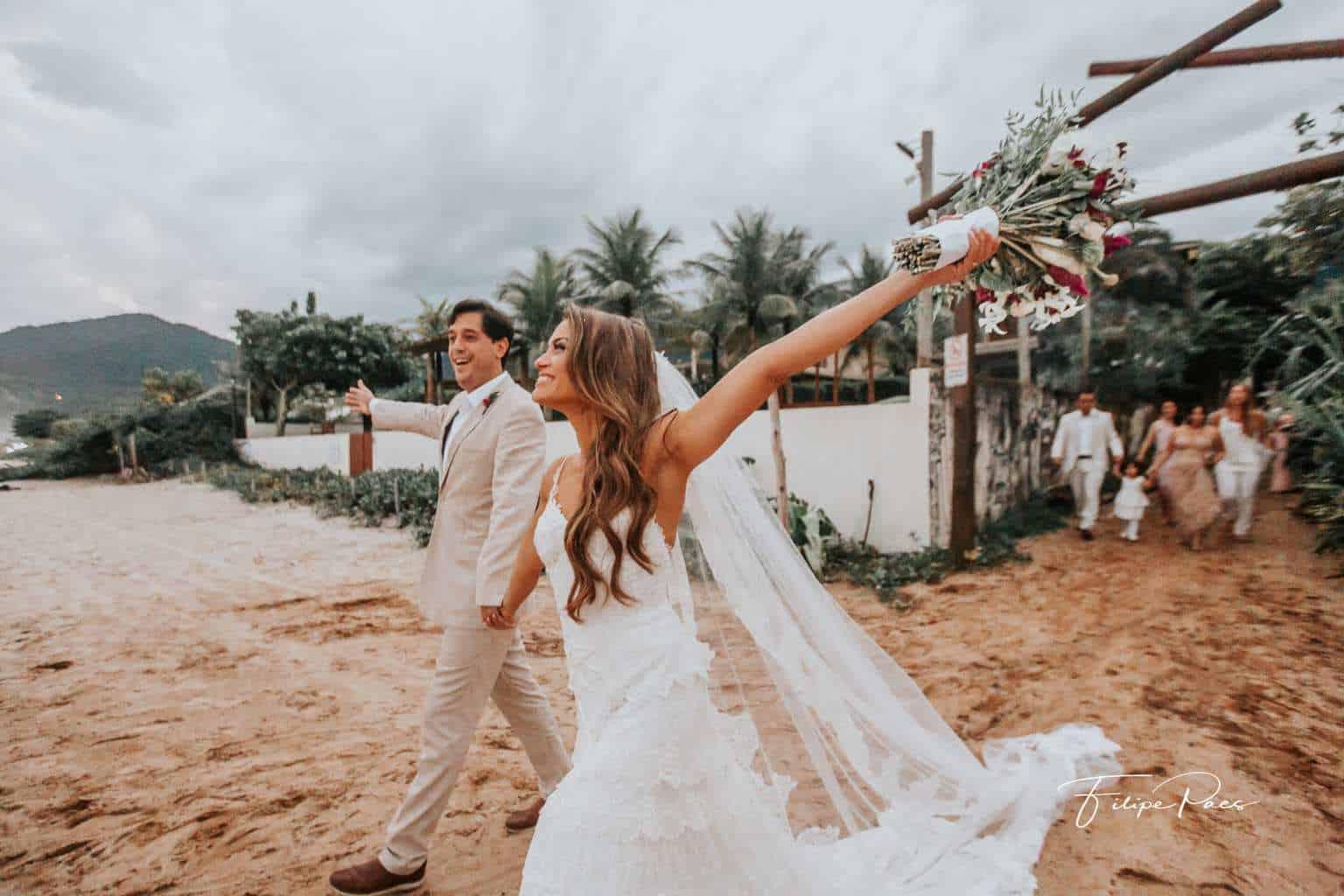 casamento-ao-ar-livre-casamento-de-dia-casamento-Maira-e-Erick-casamento-na-praia-cerimônia-Fotografia-Filipe-Paes-Studio-47-Luaia-Cabanas-Maresias-São-Paulo-16