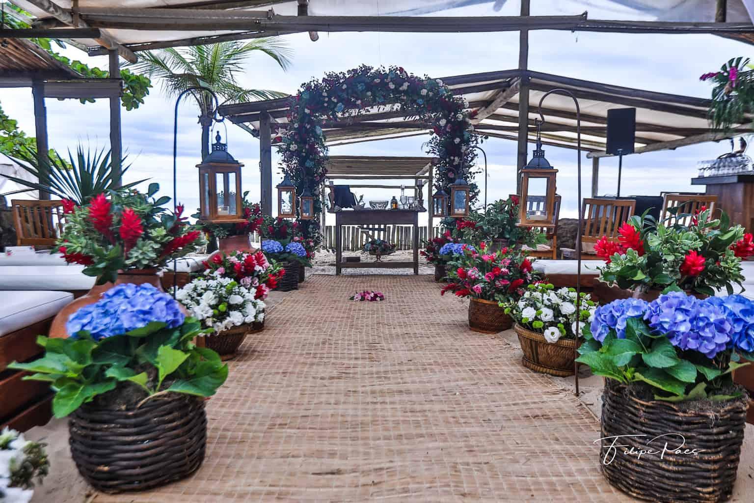 casamento-ao-ar-livre-casamento-de-dia-casamento-Maira-e-Erick-casamento-na-praia-cerimônia-decoração-Fotografia-Filipe-Paes-Studio-47-Luaia-Cabanas-Maresias-São-Paulo-8-1