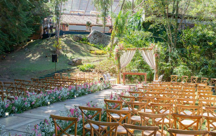 casamento-babi-e-Marcos-casamento-de-dia-casamento-ao-ar-livre-rio-de-janeiro-fotografia-Rodrigo-Sack-decoração-44-750x475
