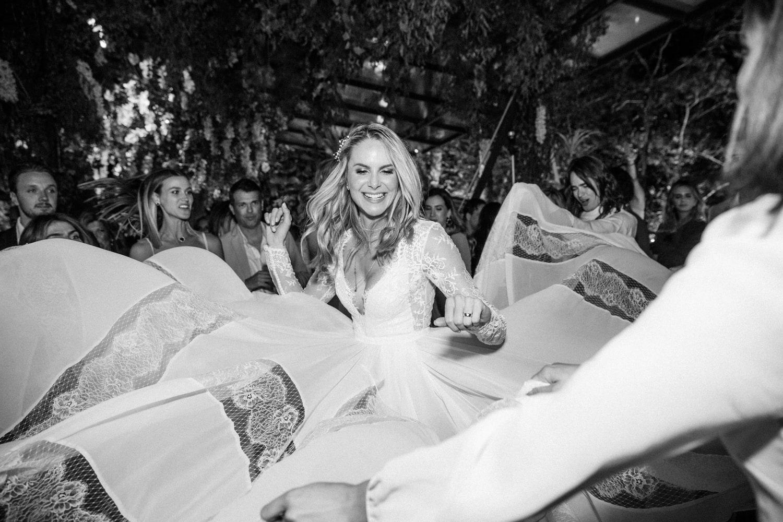 casamento-babi-e-Marcos-casamento-de-dia-casamento-ao-ar-livre-rio-de-janeiro-fotografia-Rodrigo-Sack-festa-9