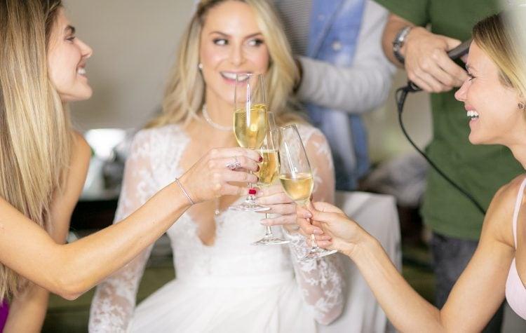 casamento-babi-e-Marcos-casamento-de-dia-casamento-ao-ar-livre-rio-de-janeiro-fotografia-Rodrigo-Sack-making-of-vestido-34-750x475