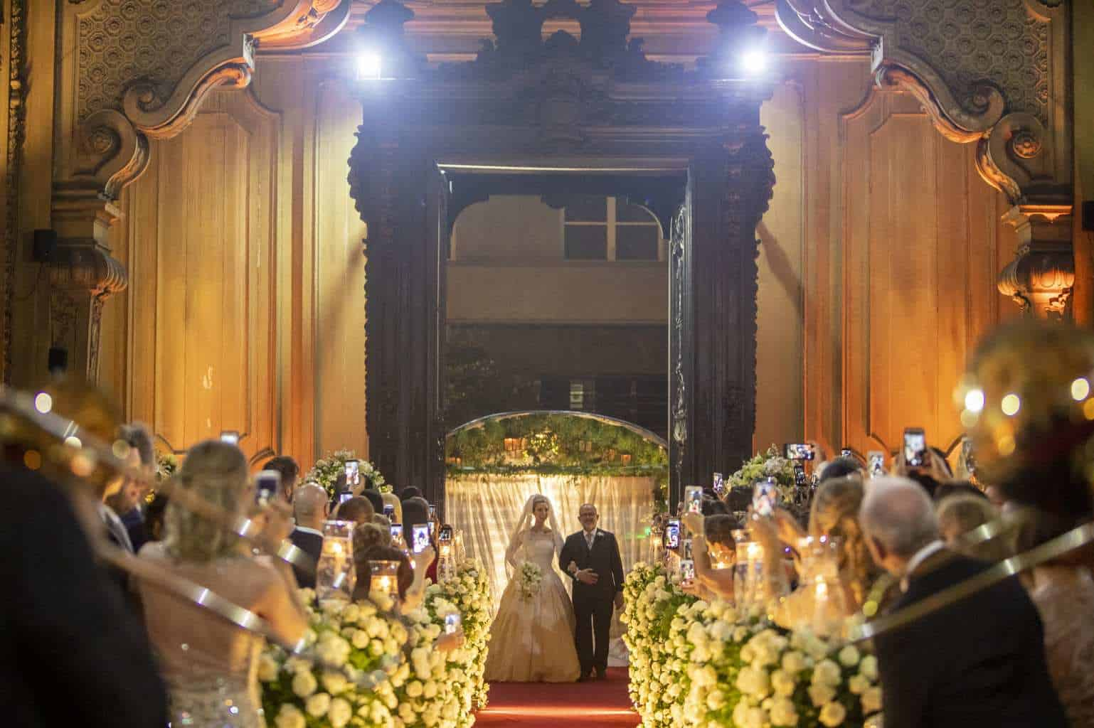 casamento-fernado-e-fernanda-cássico-foto-Fernanda-Scuracchio-e-Marcelo-Schmoeller-copacabana-palace-rj00003