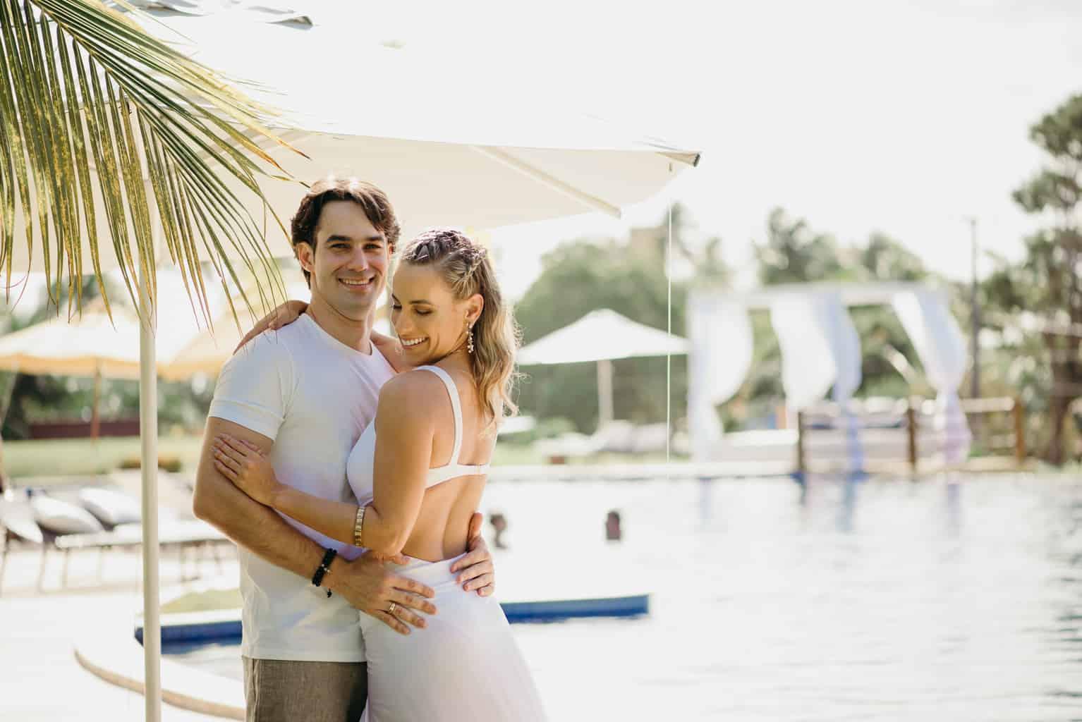 7d259aaec casamento-Gabriela-e-João-destination-wedding-pool-party-