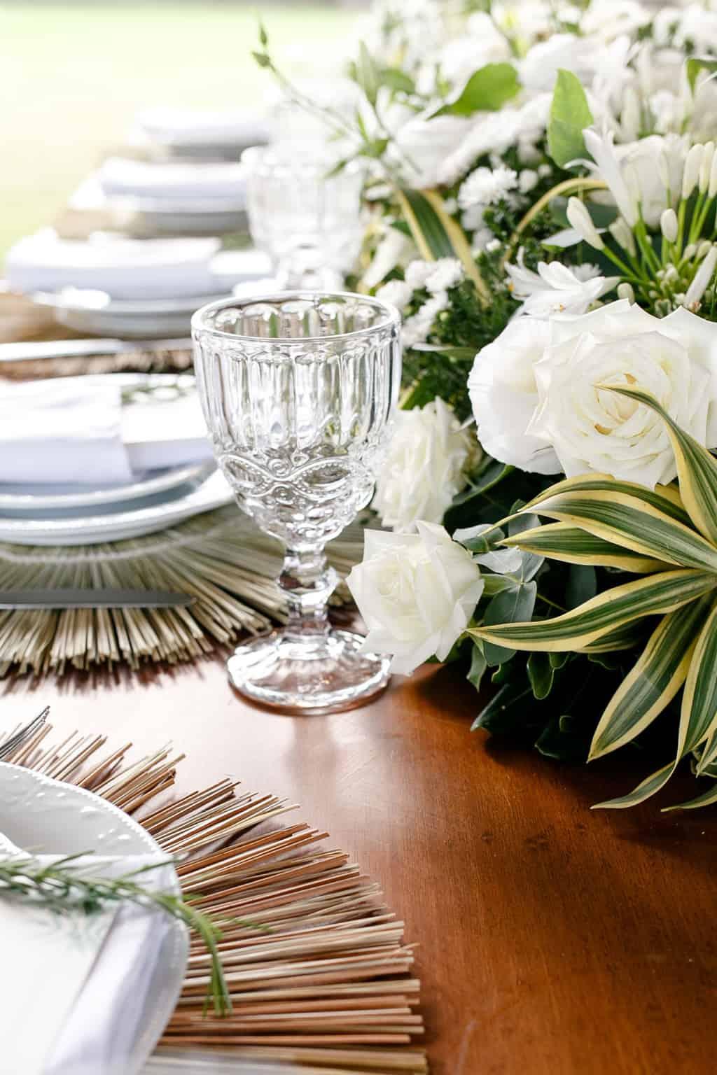 AL-Aline-e-Mauricio-bolo-de-casamento-capela-dos-milagres-casamento-casamento-na-praia-decoracao-de-casamento17-1
