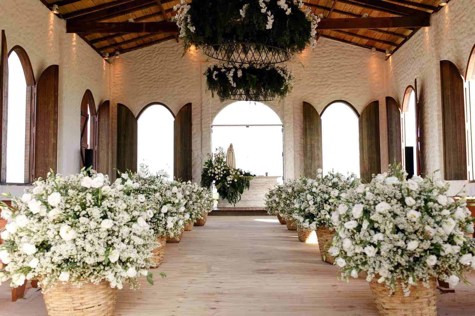 AL-Aline-e-Mauricio-bolo-de-casamento-capela-dos-milagres-casamento-casamento-na-praia-decoracao-de-casamento33-1