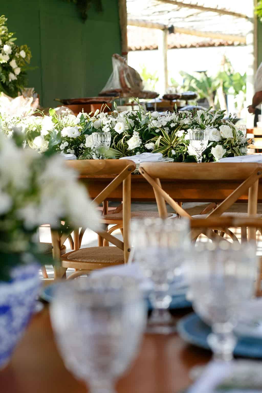 AL-Aline-e-Mauricio-bolo-de-casamento-capela-dos-milagres-casamento-casamento-na-praia-decoracao-de-casamento35-1