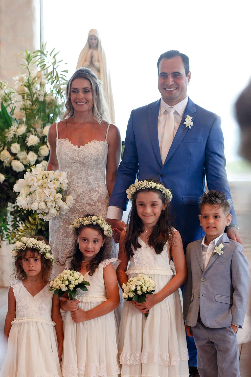 AL-Aline-e-Mauricio-capela-dos-milagres-casamento-casamento-na-praia-cerimonia-na-igreja-damas-daminhas-noivos-na-igreja-pajem94-1
