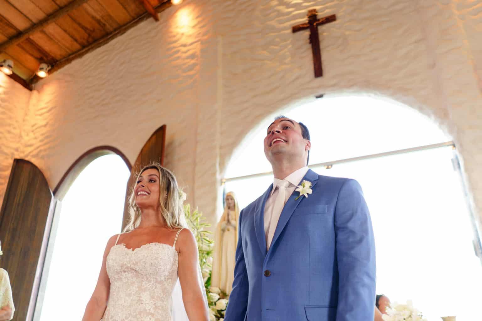 AL-Aline-e-Mauricio-capela-dos-milagres-casamento-casamento-na-praia-cerimonia-na-igreja-noivos-na-igreja83-1