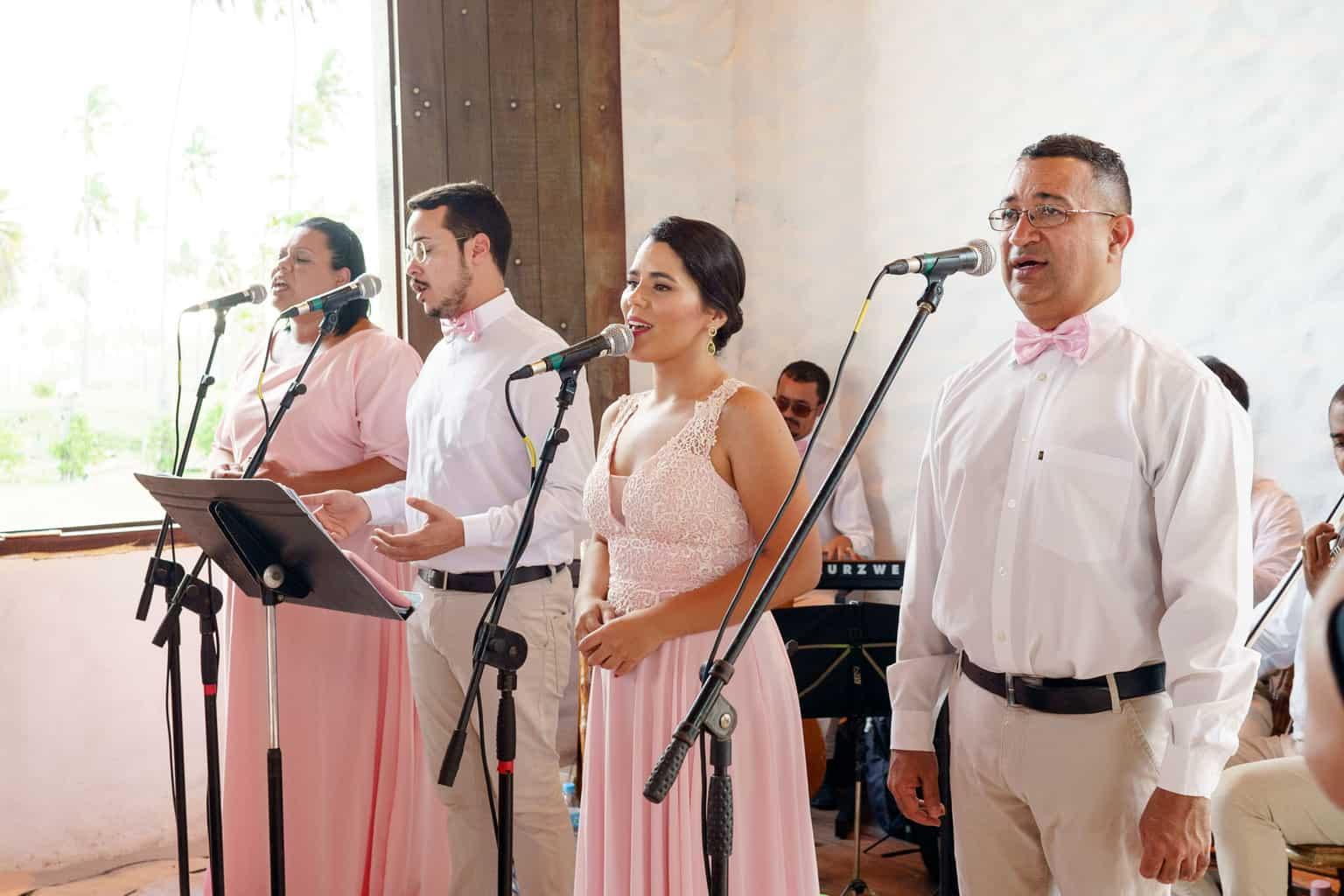 AL-Aline-e-Mauricio-capela-dos-milagres-casamento-casamento-na-praia-cerimonia-na-igreja-noivos-na-igreja85-1