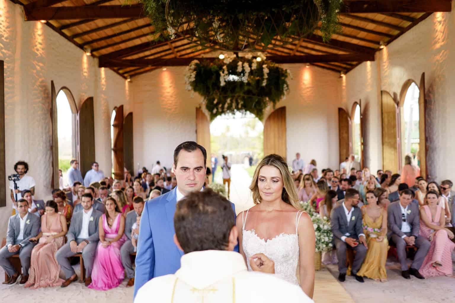 AL-Aline-e-Mauricio-capela-dos-milagres-casamento-casamento-na-praia-cerimonia-na-igreja81