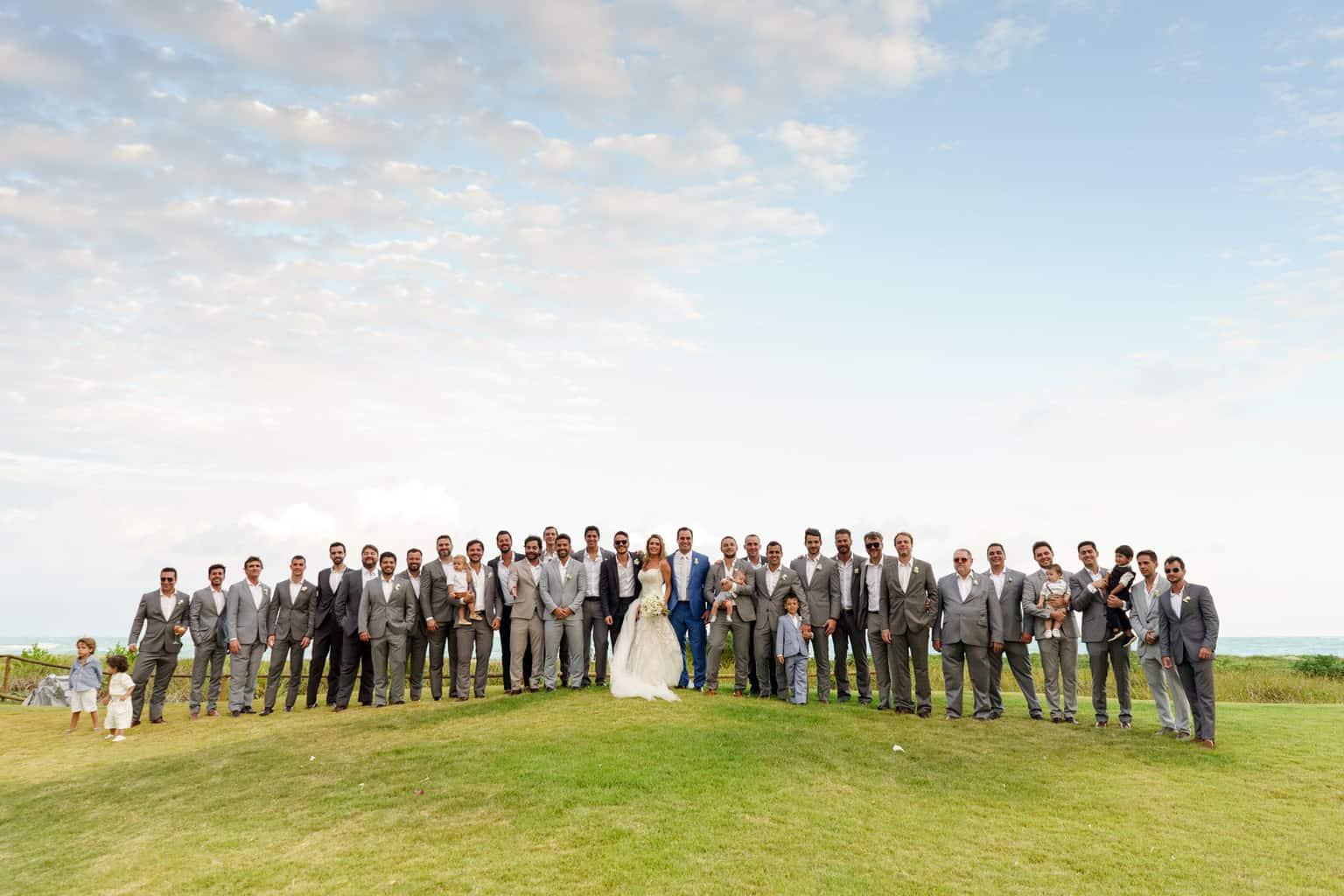 AL-Aline-e-Mauricio-capela-dos-milagres-casamento-casamento-na-praia-foto-dos-padrinhos104