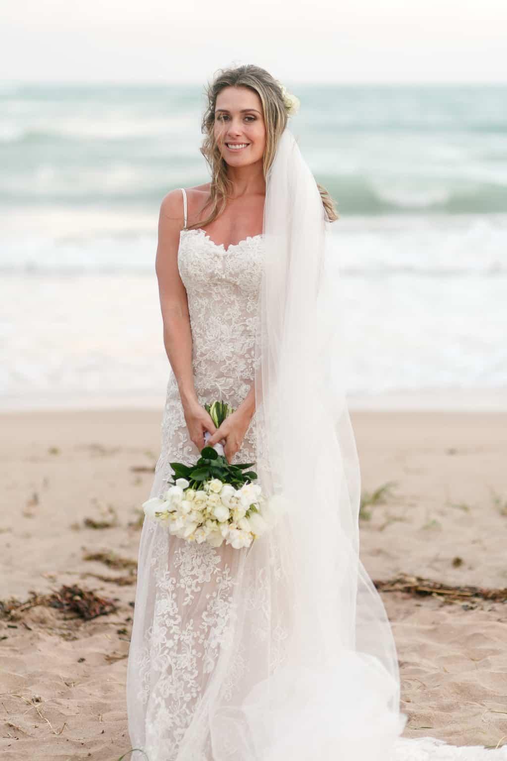 AL-Aline-e-Mauricio-capela-dos-milagres-casamento-casamento-na-praia-fotos-dos-noivos109