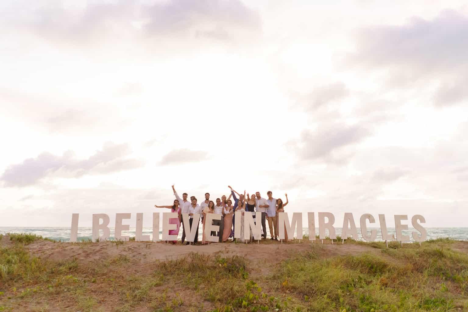 AL-Aline-e-Mauricio-capela-dos-milagres-casamento-casamento-na-praia144-1