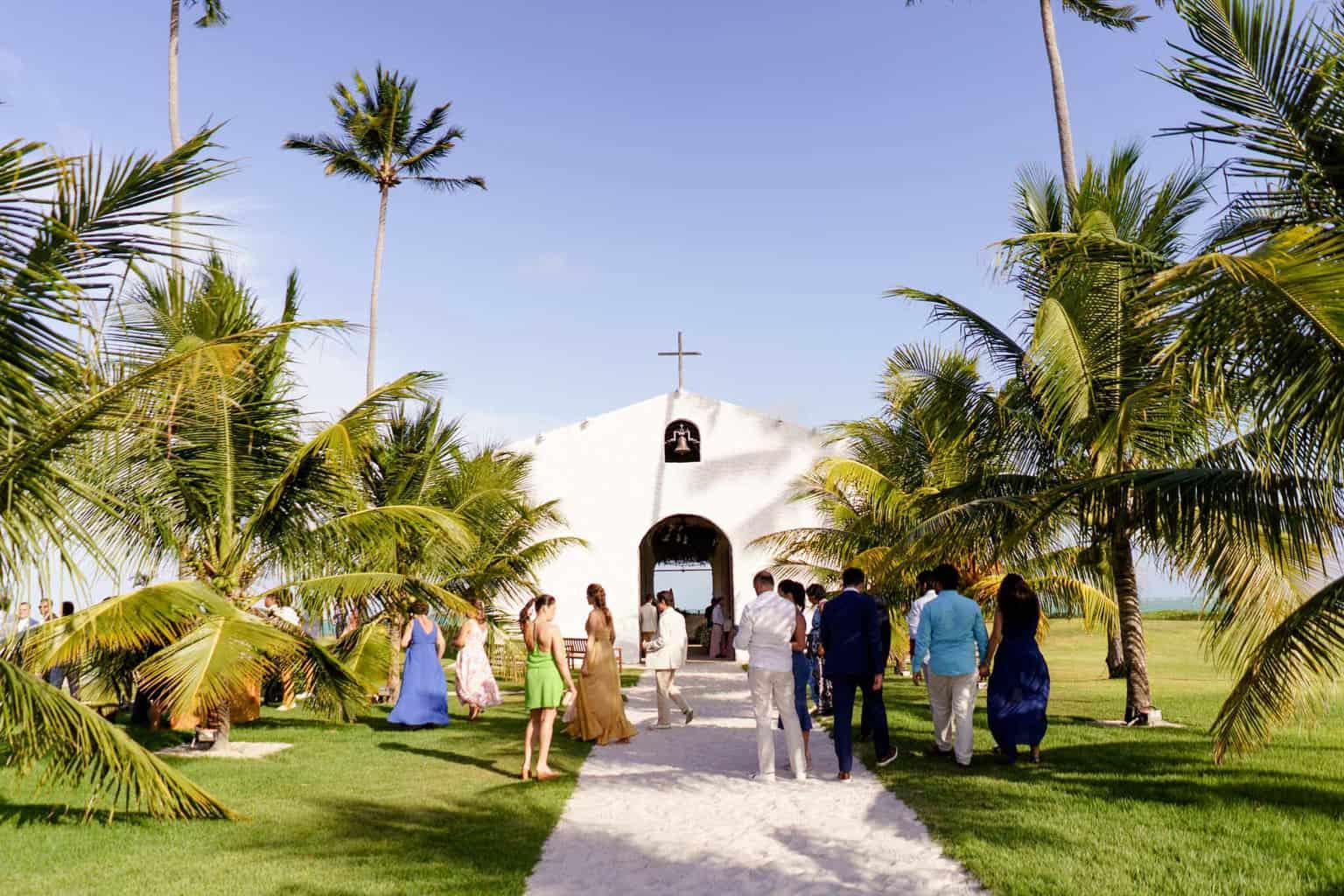 AL-Aline-e-Mauricio-capela-dos-milagres-casamento-casamento-na-praia34