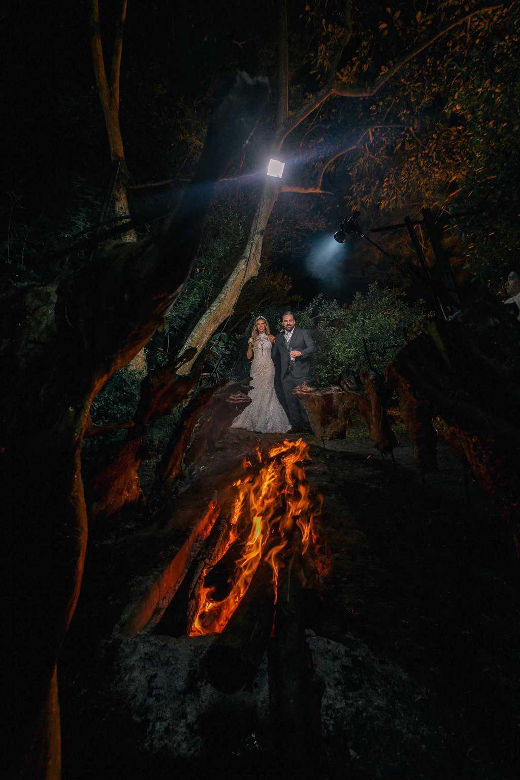 casamento-Marcela-e-Luciano-churrasco-fogo-de-chao-foto-dos-noivos-fotografia-Torin-Zanette4