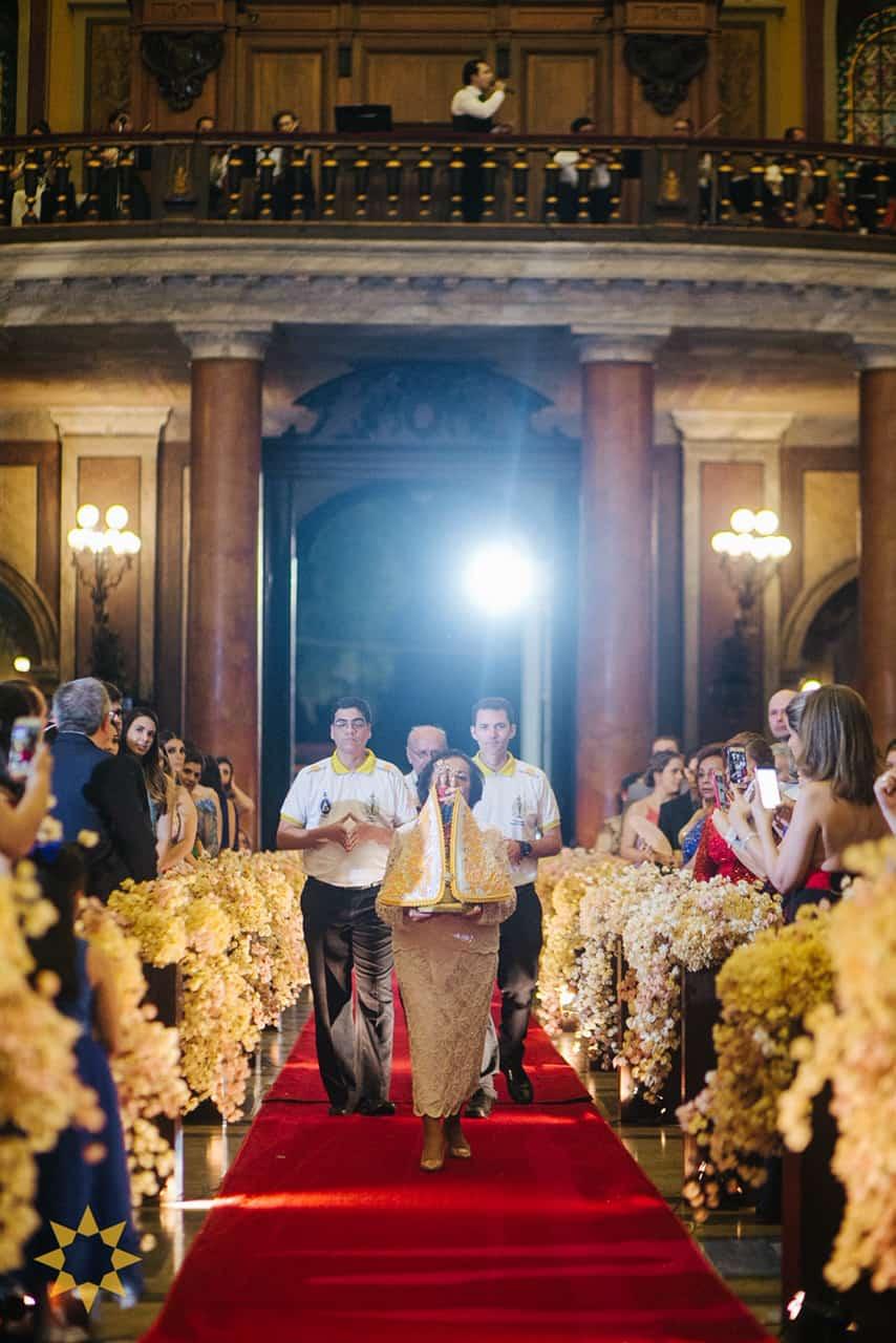 Casamento-Isadora-e-Americo-foto-Bruno-Miranda-foto-Clarté-noivos-na-igreja25